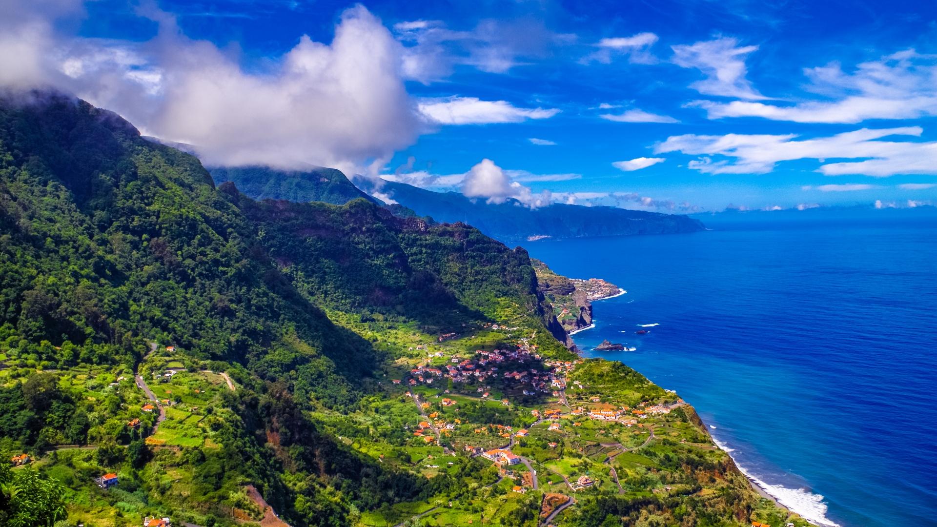 madeira_portugal_island_sea_mountains_112994_1920x1080
