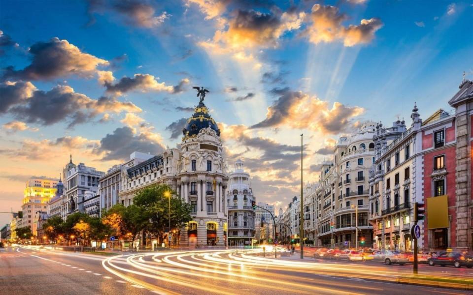 Madrid-Gran-Via-Spain-1