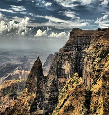 ragged-escarpments-simien-mountains-national-park-ethiopia