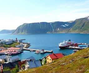 Views of Honningsvåg from the hills above the town -